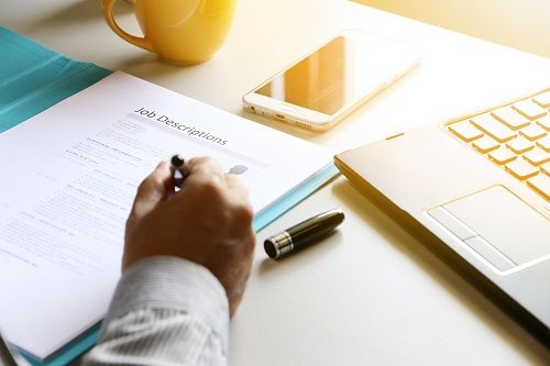 Gute IT-Stellenanzeige-TechMinds-Personalberatung
